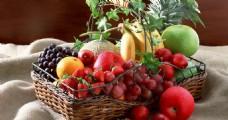 篮子中的水果