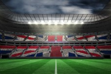 乌云下的足球场图片