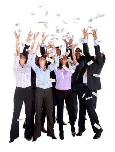 一群散落美元的商务男女图片