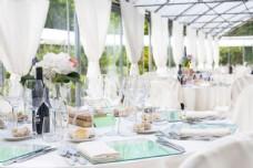 婚礼桌子摄影图片
