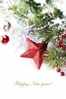 雪中的圣诞树与五角星背景图片
