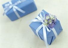 礼物盒子24图片