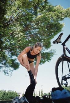 女子自行车运动员图片