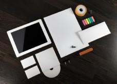 空白VI与平板电脑图片