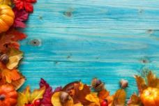 南瓜枫叶与木板图片