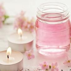 花朵和香薰蜡烛图片
