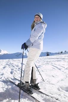 滑雪的美女图片