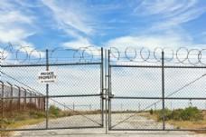 铁门防护网图片