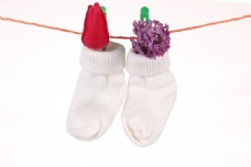 被晾起来的袜子图片