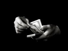 数钱手势特写图片