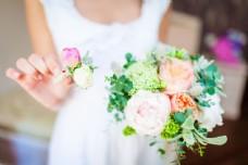 花朵的新娘图片